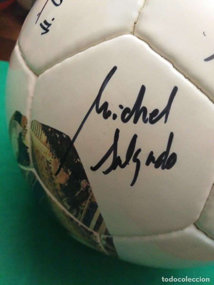 Coleccionismo deportivo: Balón firmado Real Madrid - Foto 20 - 200080262