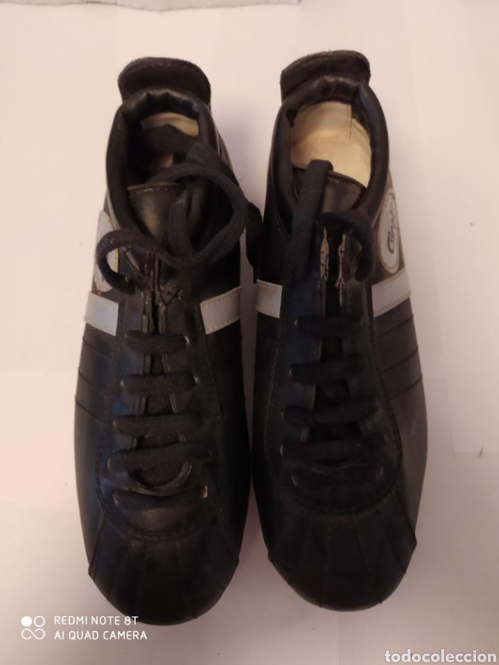 Coleccionismo deportivo: Botas fútbol vintage marca GIRETT, talla 32 original años 80 sin usar - Foto 2 - 200132260