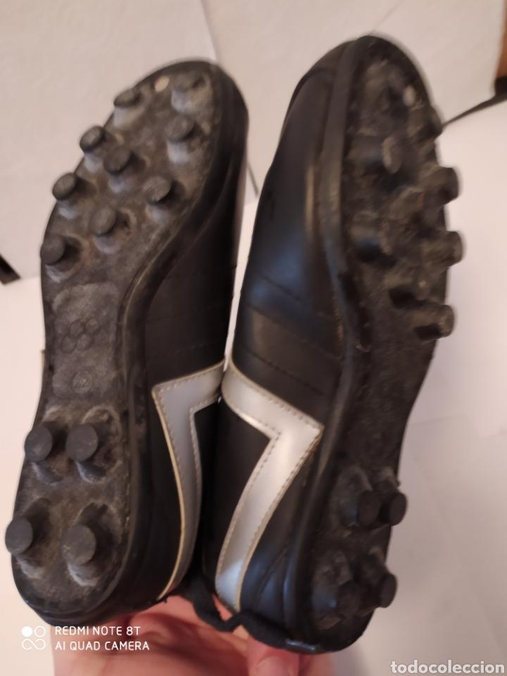Coleccionismo deportivo: Botas fútbol vintage marca GIRETT, talla 32 original años 80 sin usar - Foto 10 - 200132260
