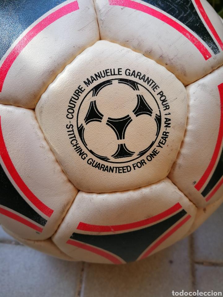 Coleccionismo deportivo: MÍTICO BALÓN ADIDAS TANGO BARI OFFICIAL FIFA BALL, 1988 (MADE IN FRANCE). DIFÍCIL!!!. - Foto 7 - 200371345