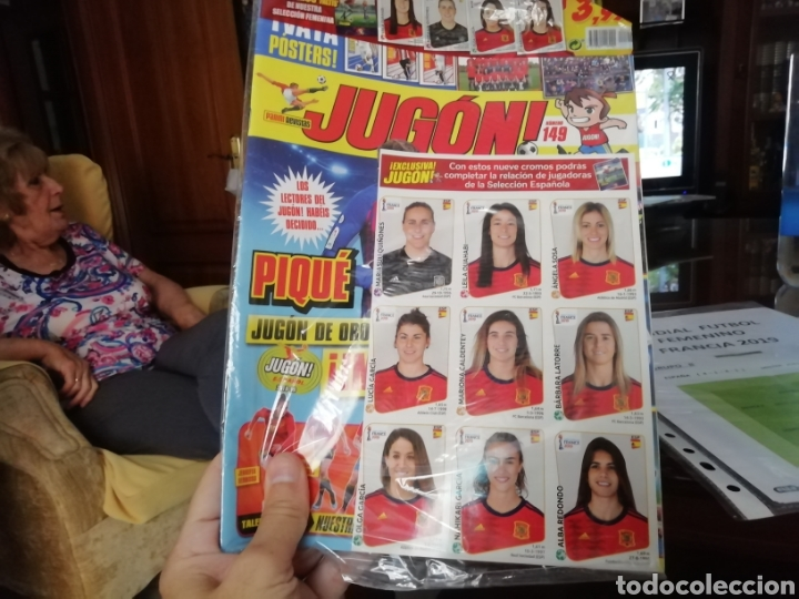 FÚTBOL FEMENINO. EXCELENTE LOTE MUNDIAL 2019 FRANCIA. IMPRESIONANTE (Coleccionismo Deportivo - Material Deportivo - Fútbol)