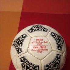 Coleccionismo deportivo: BALÓN OFICIAL. AZTECA MÉXICO. 1986. Lote 206951417