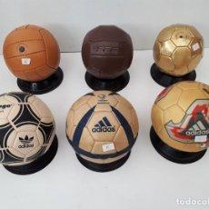 Coleccionismo deportivo: COLECCION DE 6 BALONES FUTBOL - REPLICAS DE BALONES CONMEMORATIVOS. DIAMETRO DE 12 CM.. Lote 207107738