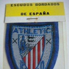 Coleccionismo deportivo: PARCHE DE TELA ESCUDO BORDADO DEL ATHLETIC DE BILBAO. Lote 207260278
