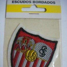Coleccionismo deportivo: PARCHE DE TELA ESCUDO BORDADO DEL SEVILLA C.F.. Lote 207260541