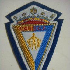 Coleccionismo deportivo: PARCHE DE TELA DEL CADIZ C.F.. Lote 207262312