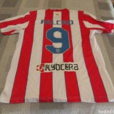 Coleccionismo deportivo: CAMISETA ATLÉTICO MADRID FALCAO NIKE ORIGINAL. Lote 207546467