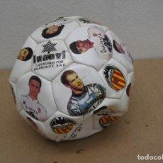 Coleccionismo deportivo: BALON DEL VALENCIA C.F TEMPORADA 96-97.. Lote 210301705