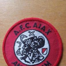Coleccionismo deportivo: PARCHE INSIGNIA DEL CLUB AJAX DE HOLANDA. Lote 210353553