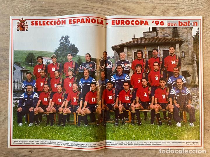 Coleccionismo deportivo: Lote España Eurocopa 1996 Fútbol Colección Balón Adidas Revista Don Balón y Naipes Fournier - Foto 12 - 215710777