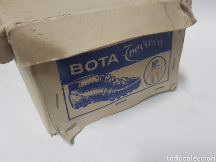 Coleccionismo deportivo: Botas de futbol de goma , Venvinca años 1960-70 - Foto 2 - 216620963