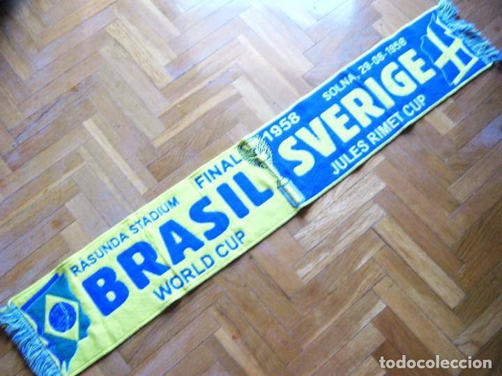 BUFANDA SCARF FINAL BRASIL BRAZIL VS SWEDEN SVERIGE SUECIA FIFA WORLD CUP 1958 (Coleccionismo Deportivo - Material Deportivo - Fútbol)