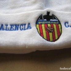 Coleccionismo deportivo: GORRO VALENCIA CF BLANCO NUEVO NEW + BORDADA TOTAL ACRILICA AJUSTABLE CAP MUTZE R. Lote 218913520