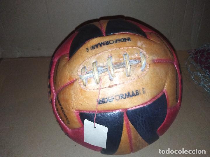 Coleccionismo deportivo: balon futbol punto doble t reglamentario años 40 leer ver envio - Foto 3 - 219492112