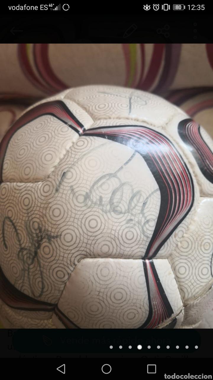 Coleccionismo deportivo: Balón de la liga usado en partido, firmado equipo real Madrid 2006/7 + foto - Foto 4 - 222013158