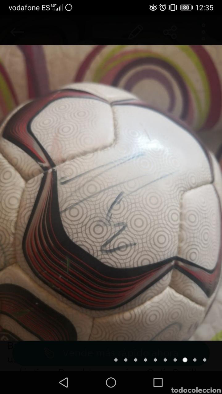 Coleccionismo deportivo: Balón de la liga usado en partido, firmado equipo real Madrid 2006/7 + foto - Foto 8 - 222013158