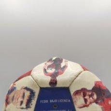 Coleccionismo deportivo: BALÓN FÚTBOL CLUB BARCELONA. BAJO LICENCIA. AÑOS 90. Lote 223111837