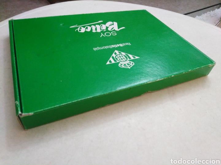 Coleccionismo deportivo: Caja soy betico, Real Betis Balompie ( 90X119 ) - Foto 3 - 223647835