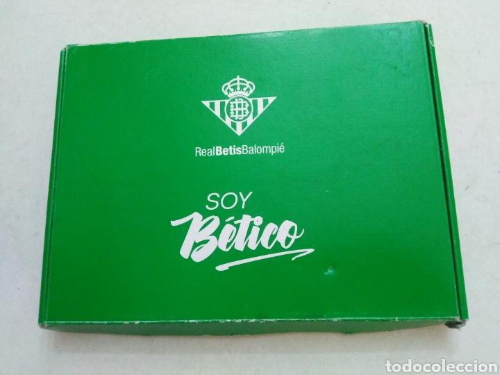 CAJA SOY BETICO, REAL BETIS BALOMPIE ( 90X119 ) (Coleccionismo Deportivo - Material Deportivo - Fútbol)