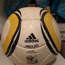 Coleccionismo deportivo: ADIDAS. BALÓN FÚTBOL. JABULANI. SOUTH AFRICA 2010. / VER FOTOS. Lote 224741220