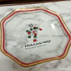 Coleccionismo deportivo: PLATO DE CRISTAL RECUERDO MUNDIAL 1990 ITALIA. Lote 234116310