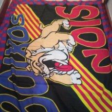 Coleccionismo deportivo: FC BARCELONA ULTRAS HOOLIGAN BOIXOS NOIS FLAG BANDERA BUFANDA FUTBOL SCARF FOOTBALL. Lote 237371865