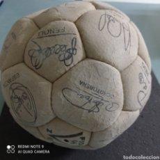 Coleccionismo deportivo: BALÓN VALENCIA CF. Lote 246564130