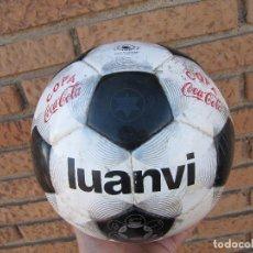 Coleccionismo deportivo: BALON DE FUTBOL LUANVI COPA COCA COLA CESPED ARTIFICIAL TALLA 5. Lote 247354205