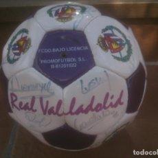Coleccionismo deportivo: BALON FUTBOL PROMOFUTBOL DEL REAL VALLADOLID TEMPORADA 97-98.FIRMADO.. Lote 248834990
