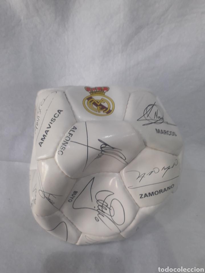 Coleccionismo deportivo: Balón Real Madrid firmado - Foto 2 - 254011380