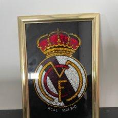 Coleccionismo deportivo: CUADRO ESCUDO REAL MADRID. Lote 254630215