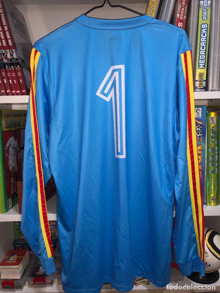 Coleccionismo deportivo: Camisetas ESPAÑA vintage ARCONADA reedicion - Foto 2 - 262521255