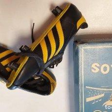 Coleccionismo deportivo: BOTAS DE FUTBOL AÑOS 80 YELOS, MADE IN SPAIN, NUEVAS A ESTRENAR T35. Lote 264530364