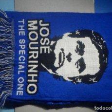 Coleccionismo deportivo: BUFANDA FOULARD - F.C. FUTBOL CLUB - CHELSEA, JOSÉ MOURINHO THE SPECIAL ONE - 22 X 130 CM. Lote 265480074