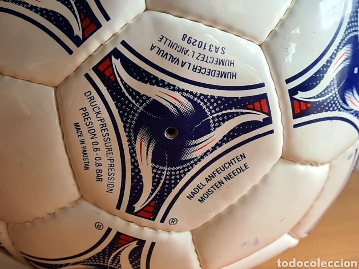 Coleccionismo deportivo: Balón Adidas Tricolore Mundial Fútbol Francia 1998 Official World Cup Ball Soccer - Foto 13 - 268845754