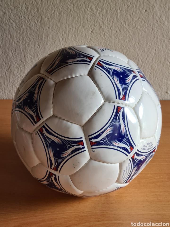 Coleccionismo deportivo: Balón Adidas Tricolore Mundial Fútbol Francia 1998 Official World Cup Ball Soccer - Foto 15 - 268845754
