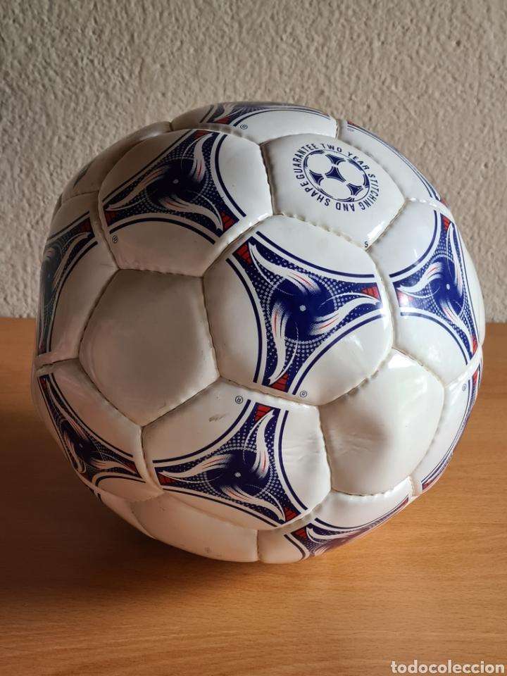 Coleccionismo deportivo: Balón Adidas Tricolore Mundial Fútbol Francia 1998 Official World Cup Ball Soccer - Foto 17 - 268845754
