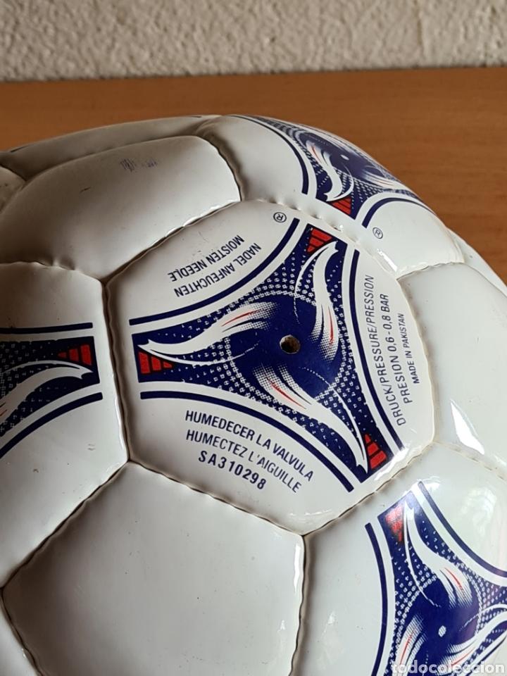 Coleccionismo deportivo: Balón Adidas Tricolore Mundial Fútbol Francia 1998 Official World Cup Ball Soccer - Foto 23 - 268845754