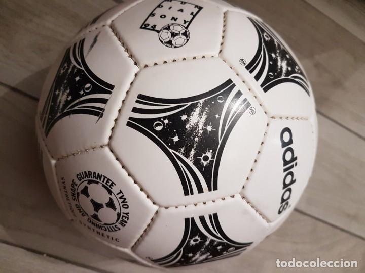 BALÓN ADIDAS QUESTRA 1994 MUNDIAL EEUU (Coleccionismo Deportivo - Material Deportivo - Fútbol)