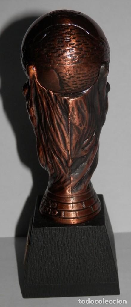 Coleccionismo deportivo: SACAPUNTAS DEL MUNDIAL DE 1982 - Foto 2 - 277656948