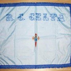 Coleccionismo deportivo: BANDERA CELTA DE VIGO AÑOS 90. Lote 287396088