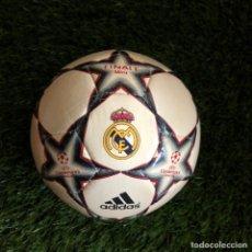 Coleccionismo deportivo: MINI BALON ADIDAS FINALE 6 CHAMPIONS LEAGUE REAL MADRID. Lote 287853103