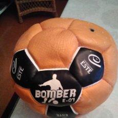 Coleccionismo deportivo: BALON DE FUTBOL BOMBER E 01. Lote 288989738