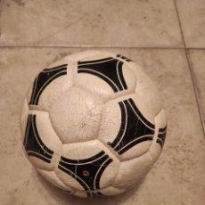 Coleccionismo deportivo: BALÓN TANGO ESPAÑA. Lote 296023123
