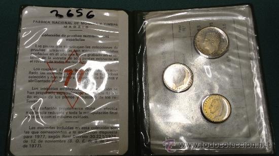 CARPETILLA DE MONEDAS DE 1/5/25 PESETAS. 1977 (Numismática - Material Numismático)