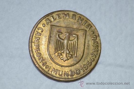 Material numismático: Moneda del Mundial del 82-Alemania campeón del mundo. - Foto 2 - 34535737