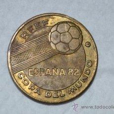 Material numismático: MONEDA DEL MUNDIAL DEL 82-ALEMANIA CAMPEÓN DEL MUNDO.. Lote 34535737