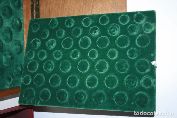 Material numismático: Caja de moneda para archivar colecciones de monedas. terciopelo verde para 46 monedas cada bandeja - Foto 2 - 104818127