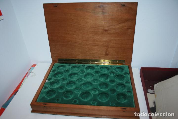 Material numismático: Caja de moneda para archivar colecciones de monedas. terciopelo verde para 46 monedas cada bandeja - Foto 3 - 104818127