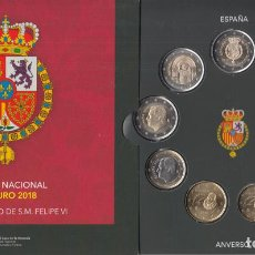 Numismatisches Material - España Spain 2018 Cartera Oficial Euros + 2? +2? Felipe VI y Compostela - 123591514